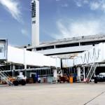 Novas pontes de embarque no Aeroporto Internacional Tom Jobim / Divulgação/RIOgaleão)
